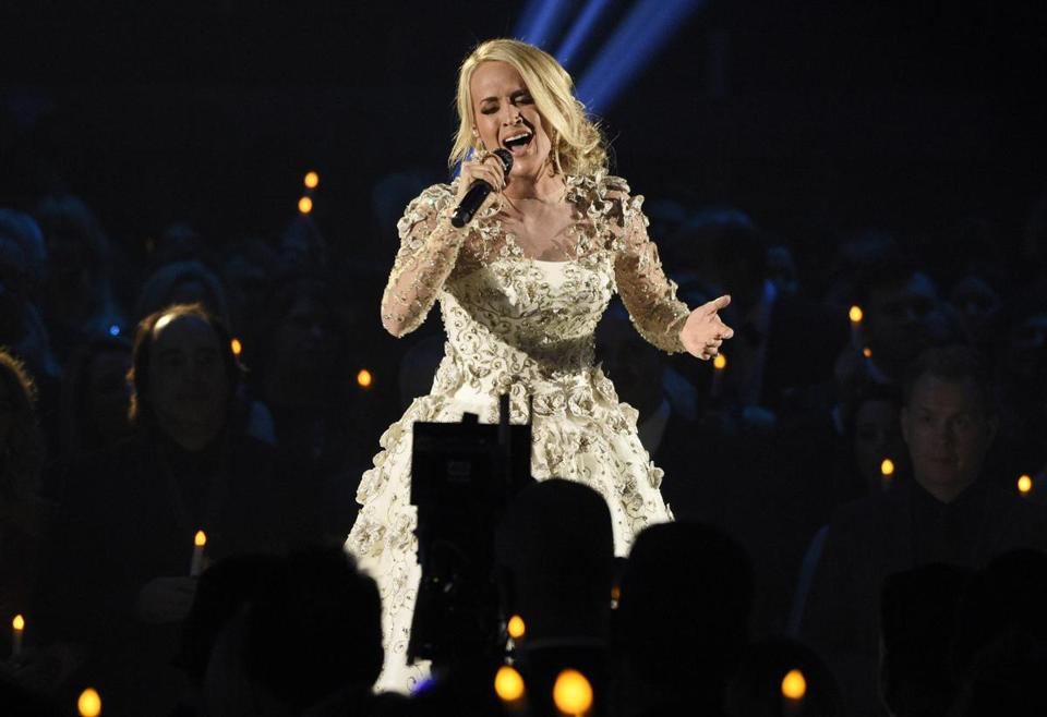 Carrie Underwood's face needed over 40 stitches