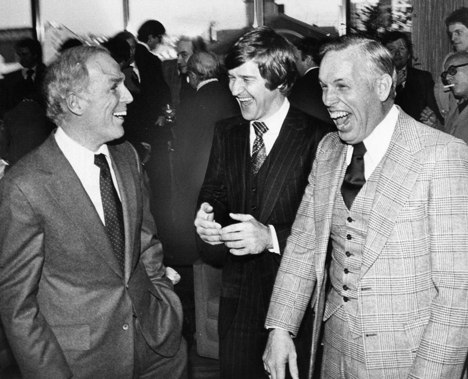 Mr. Crane (right) with then-Boston Mayor Kevin White (left) and Bobby Orr in 1979.