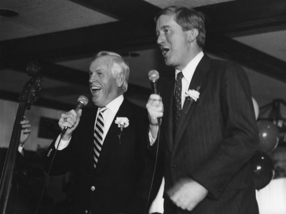 In 1993, Mr. Crane and William Weld, then governor of Massachusetts, sang at a St. Patrick's Day luncheon in Beverly.