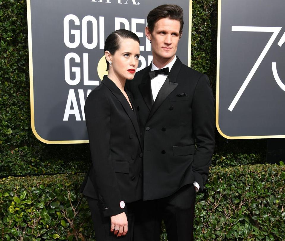 Actors Claire Foy (L) and Matt Smith arrive for the 75th Golden Globe Awards on January 7, 2018, in Beverly Hills, California. / AFP PHOTO / VALERIE MACONVALERIE MACON/AFP/Getty Images