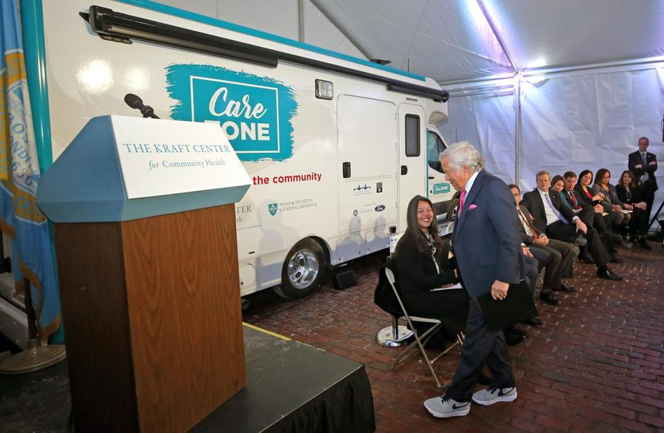 The CareZone van will operate during a test period of as long as eight months, with a projected operating cost of $157,000 for that time. GE and the Hearst Foundation are helping the Kraft Center pay for it.