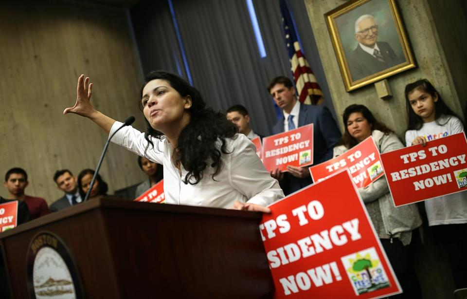 32BJ, others rip Trump for ending TPS for El Salvadorans