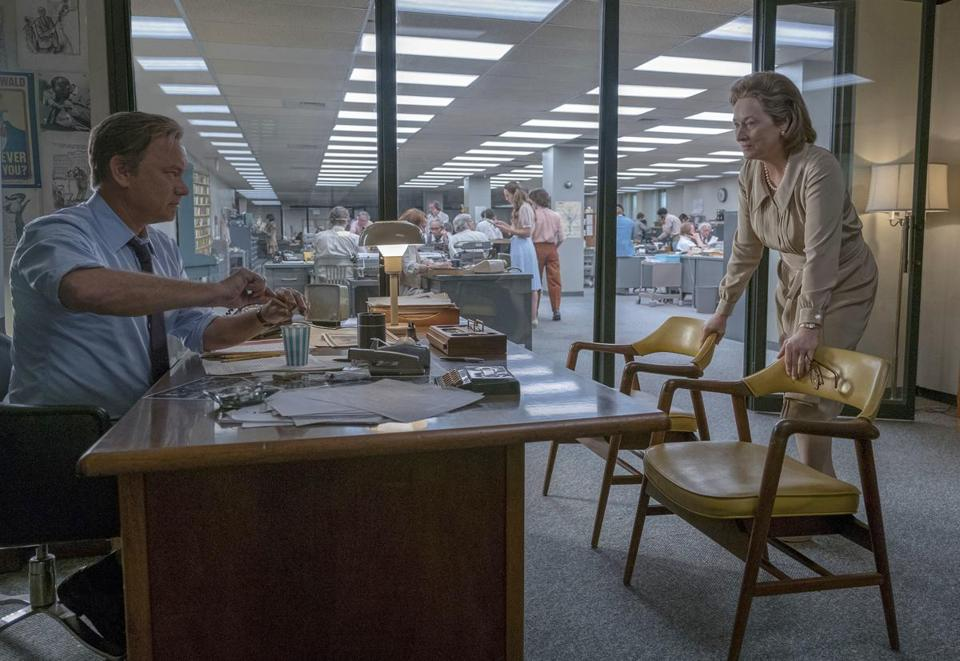 "Tom Hanks portrays Ben Bradlee, (eft) and Meryl Streep portrays Katharine Graham in a scene from ""The Post."""