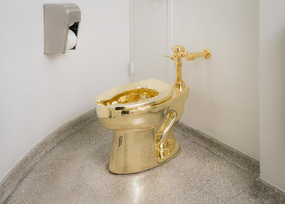 Guggenheim museum reportedly offered the White House a golden toilet
