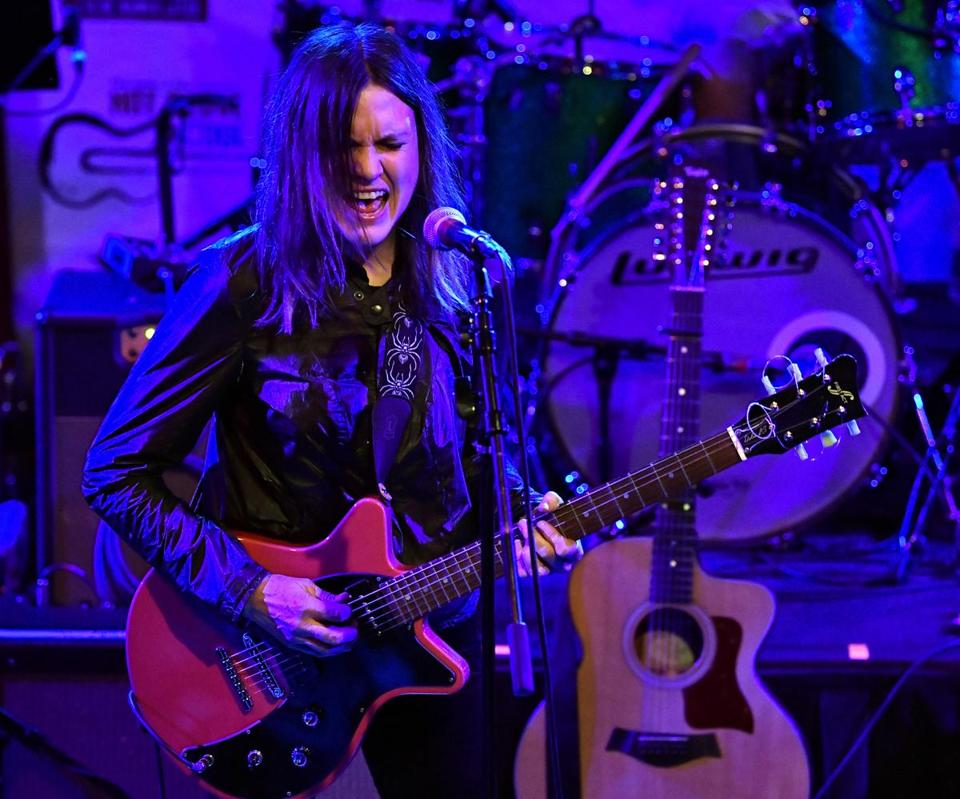 Juliana Hatfield performing at the Hot Stove Cool Music concert at the Paradise Saturday night.