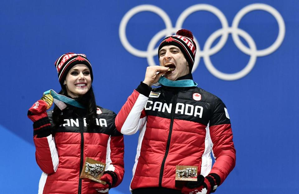Olympic gold-medallists Tessa Virtue and Scott Moir heat up ice
