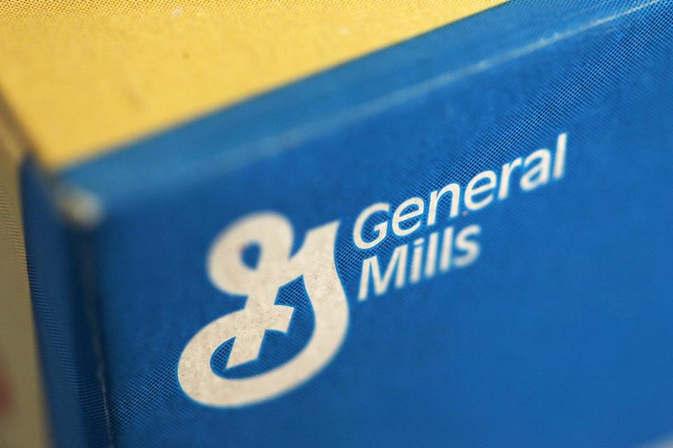 General Mills acquires Blue Buffalo Pet Products