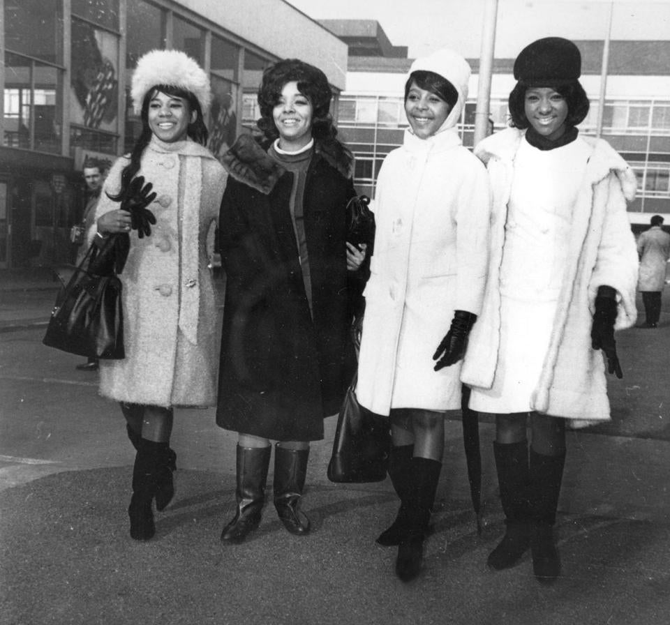 Ms. Alston (third from left) arrived with her fellow members of the Crystals from the United States at London Airport in England in 1964.