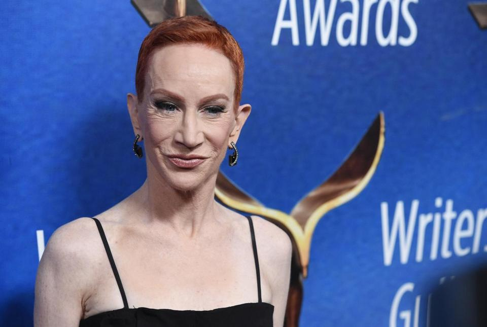 Kathy Griffin embarking on comeback tour after controversial Trump photo