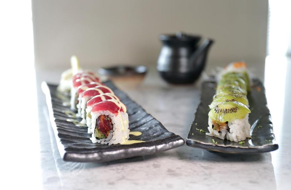 Anata and Green Light rolls at LoLa 42.