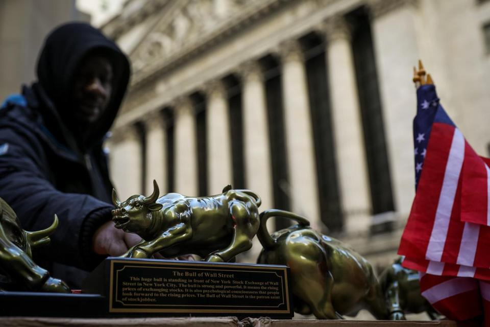 Wall Street set to open higher as trade war tensions ease