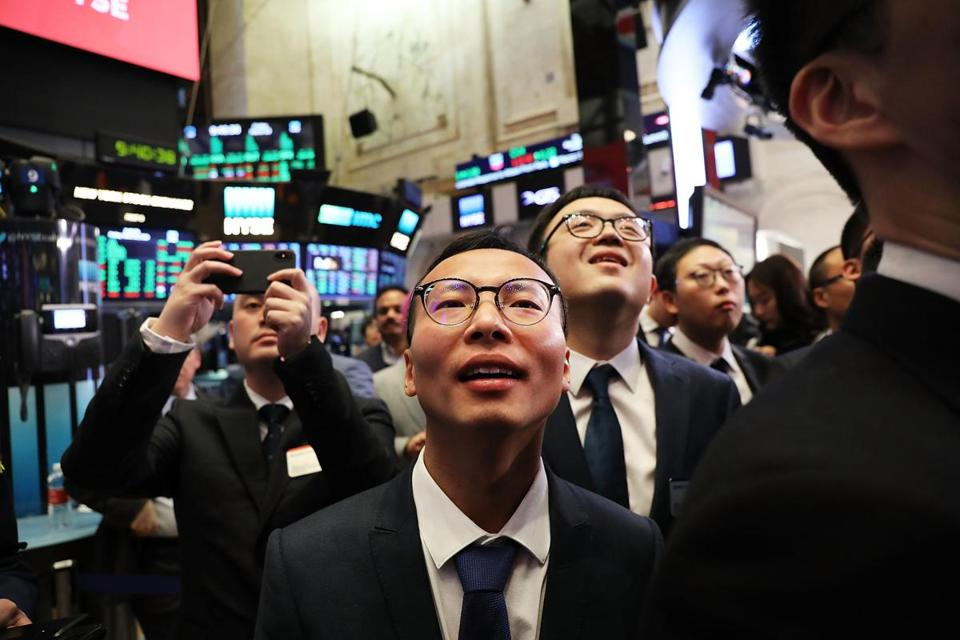 USA stocks rally as trade war fears recede, Dow +2.8%