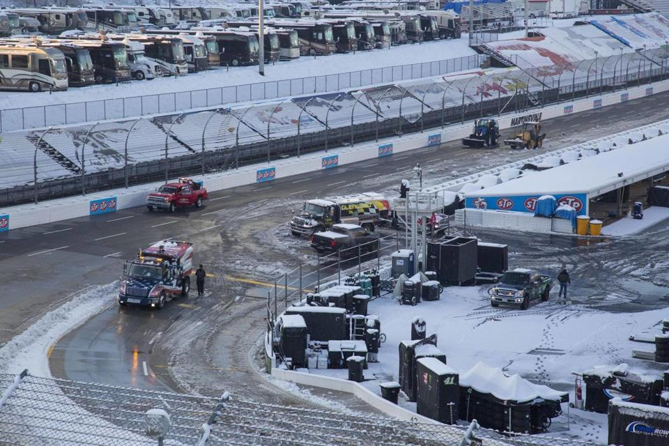 Cup, Truck series races at Martinsville Speedway delayed to Monday by snow