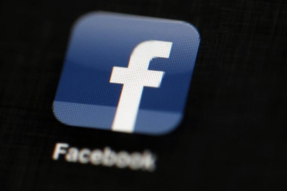 Top Indian Advertisers Seek Clarifications from Facebook Over Data Breach Scandal