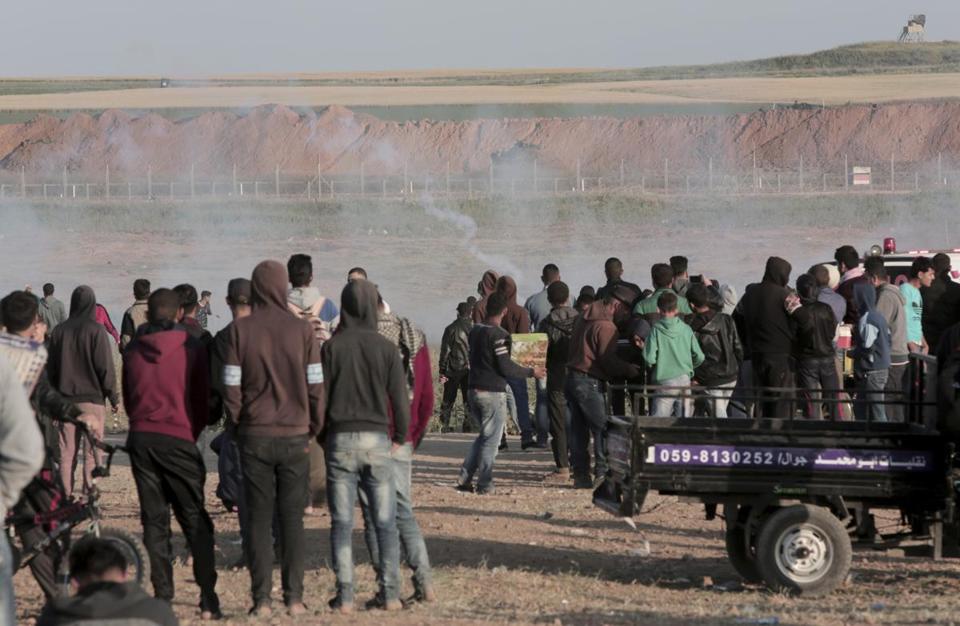 Ahead of Hamas rally, Israel beefs up forces at Gaza border