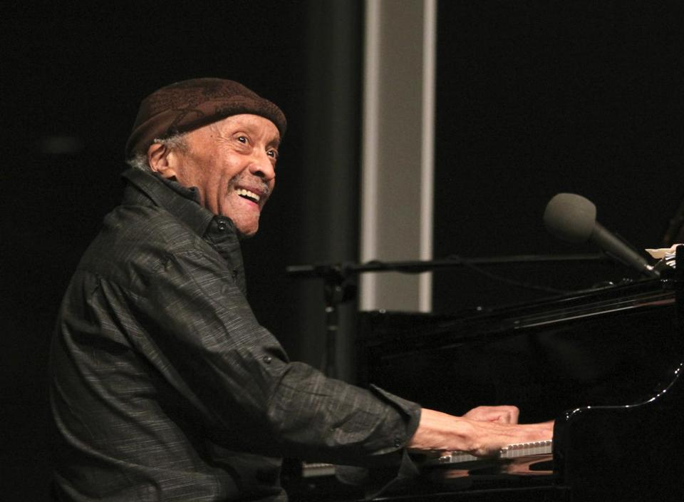 Pioneering Free-Jazz Pianist Cecil Taylor Dies At Age 89