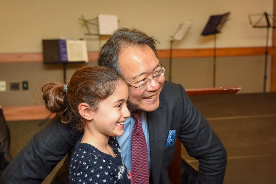 Cellist Yo-Yo Ma with young Sisi Ansari at Dana-Farber.