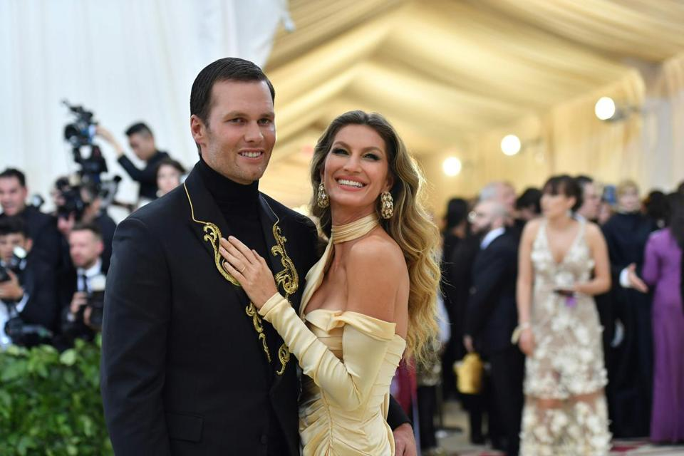 Tom Brady (left) and Gisele Brundchen arrived for the 2018 Met Gala.