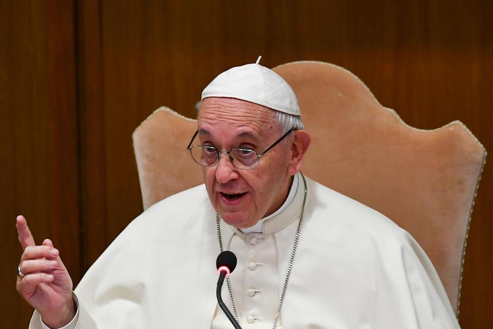 Pope Francis reportedly tells gay man, 'God made you like ...