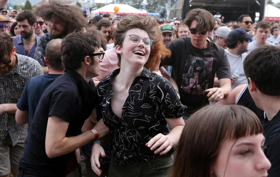 Fans danced during the Oh Sees' set.