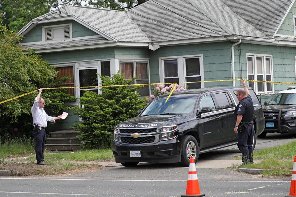 Police Discover Three Bodies In Springfield At Home Of Man