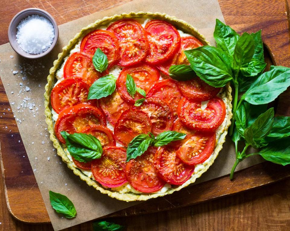 Tomato-goat cheese tart in a basil crust