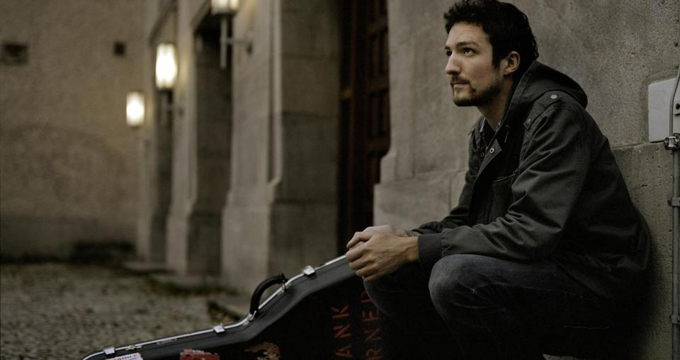 Frank Turner, the UK folk-punk singer, is bringing his Lost Evenings showcase from London to Boston.