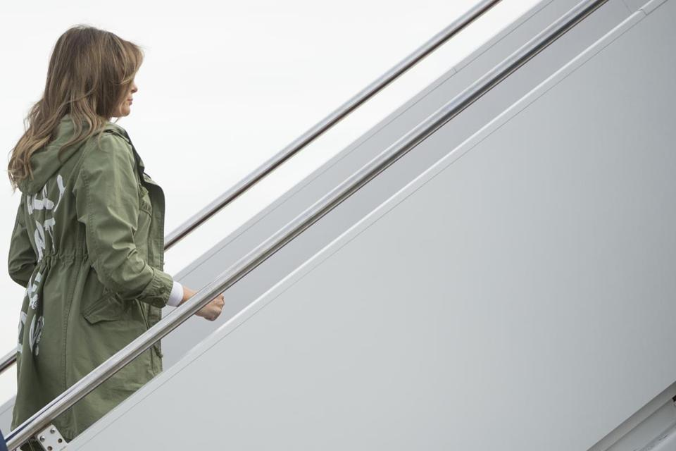 Jacket Message Overshadows First Lady's Visit to Migrant Children