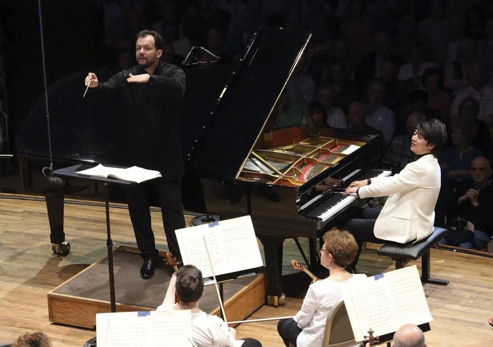 Andris Nelsons led pianist Lang Lang and the BSO at Tanglewood Friday.
