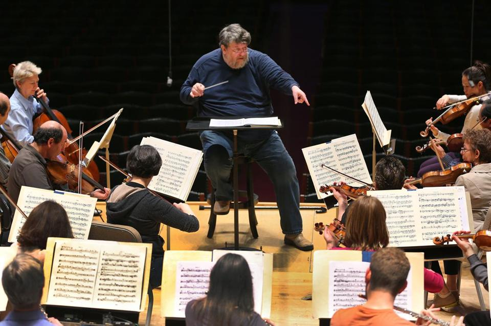 Boston-4/10/13-Conductor Oliver Knussen rehearses the Boston Symphony Orchestra. Globe staff photo by John Tlumacki(lifestyle)
