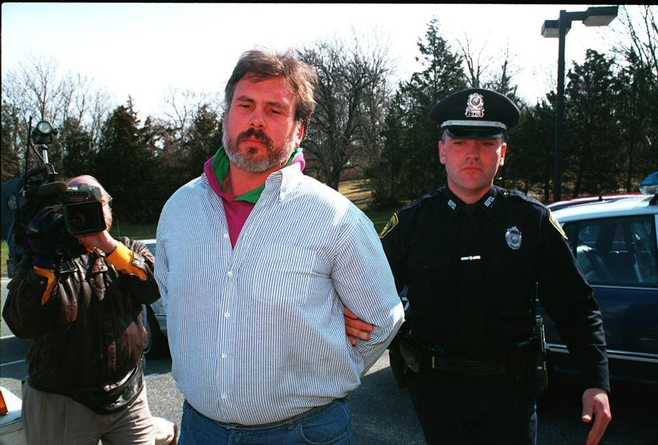 Emory G. Snell Jr. as he arrived for his 1995 arraignment at Barnstable District Court. He was convicted later that year of murdering his wife, Elizabeth Lee, in their home in Marstons Mills.
