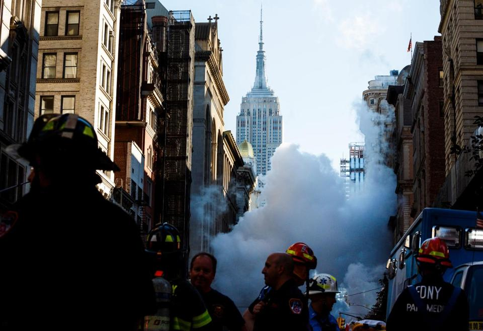 Several buildings evacuated after explosion in Flatiron District