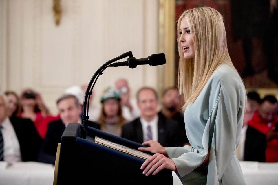 Tweeters Roast 'Failing' Ivanka Trump Over Soon-To-Be Shuttered Fashion Brand