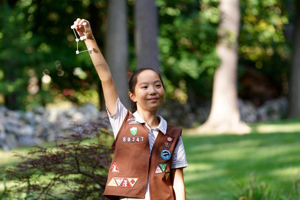 19zoscouts - Maria Huang, a Sudbury Brownie, participated in the Space Science Badge pilot program this past year. (Helen Huang)