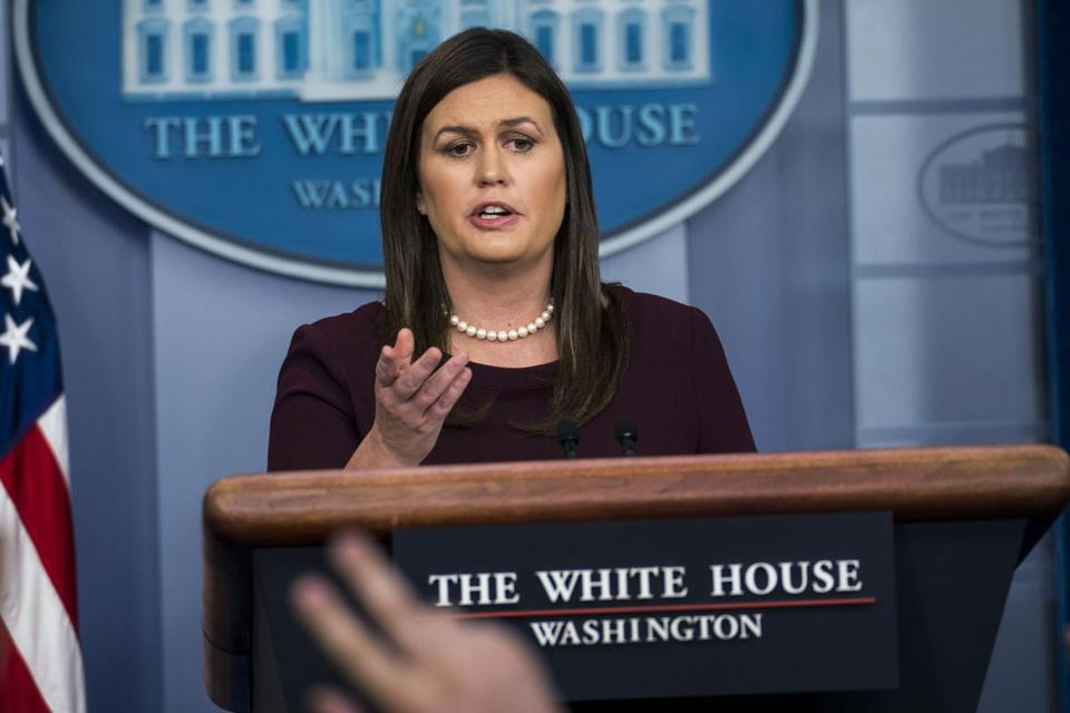 White House press secretary apologizes for false claims on African-American jobs