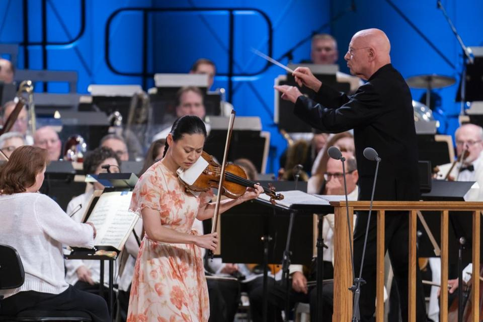 Christoph Eschenbach conducts the Boston Symphony Orchestra with Midori as soloist at Tanglewood Music Festival on Saturday.