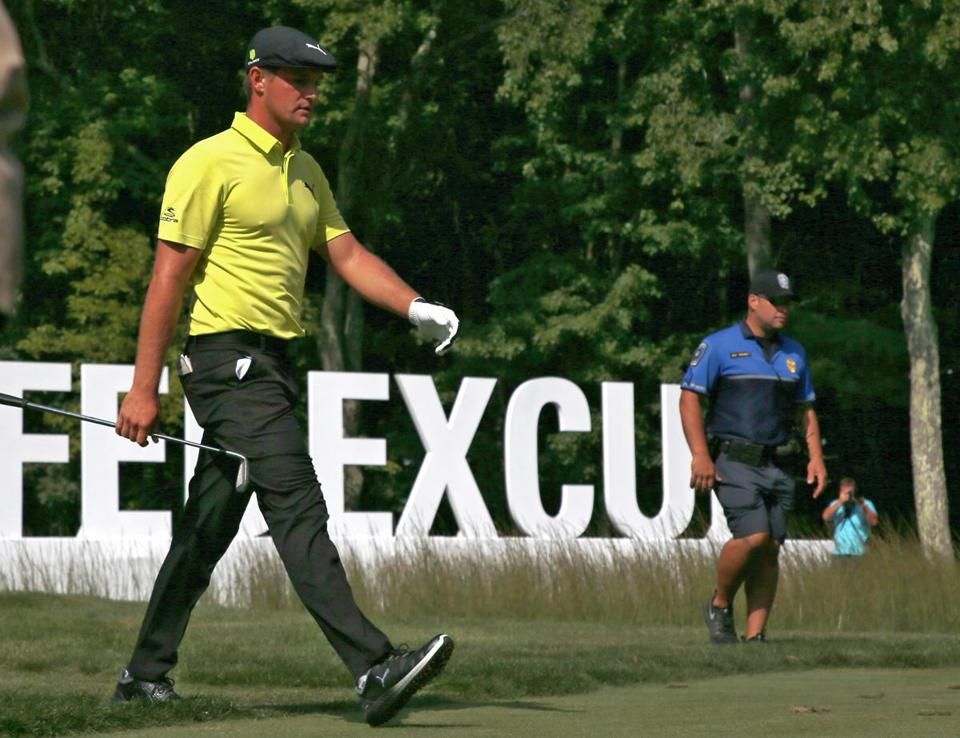 DeChambeau makes it 2 straight wins in FedEx Cup playoffs
