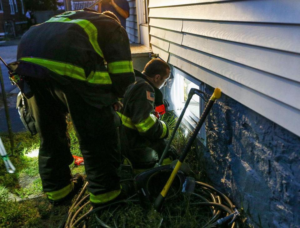 Gas explosions drive thousands out of homes in Boston suburbs