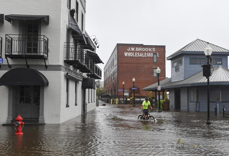Rain, floods still in Florence's forecast — WHAT'S HAPPENING