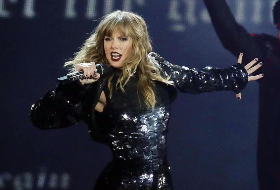Taylor Swift slams Marsha Blackburn in social media post