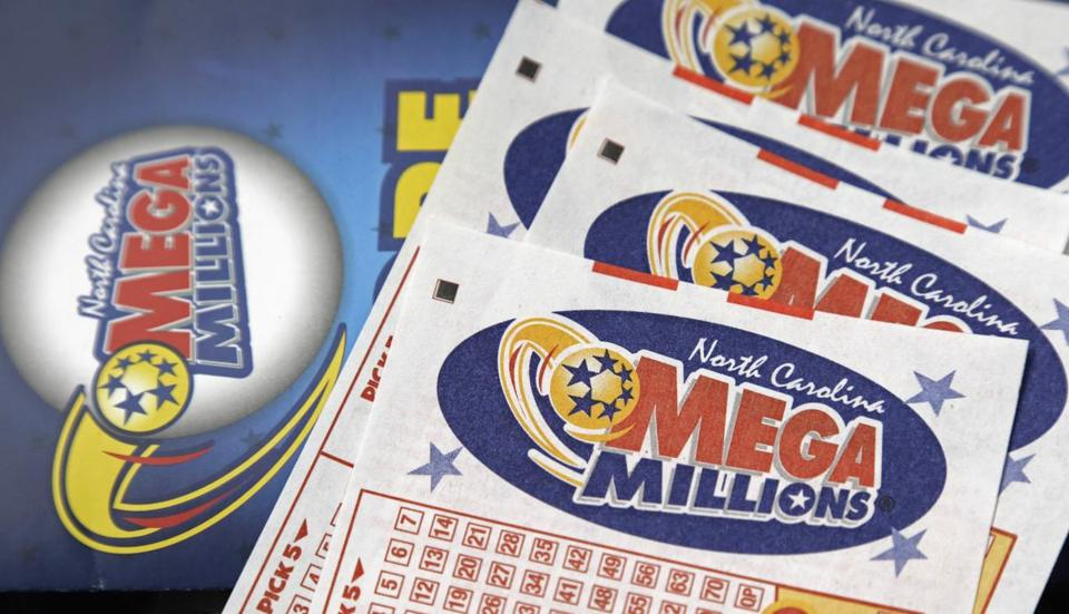 Mega Millions numbers revealed for massive $548M jackpot