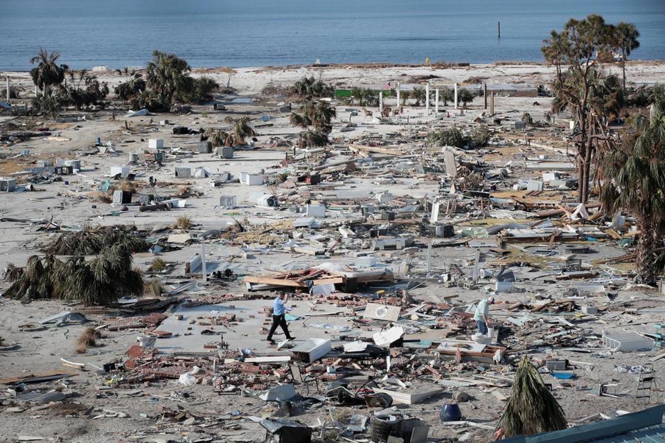 Pres. Donald Trump gets bird's-eye view of devastated communities