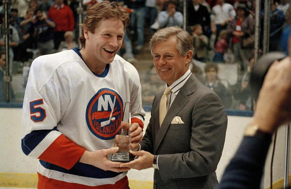 Mr. Ziegler, shown presenting an award to New York Islanders star Denis Potvin in 1988, was the first American to run the league.