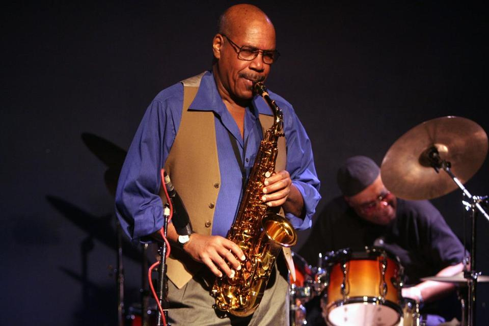 Mr. Fortune, who was a member of top jazz bands and also led his own, appeared on stage in 2005 in Manhattan.