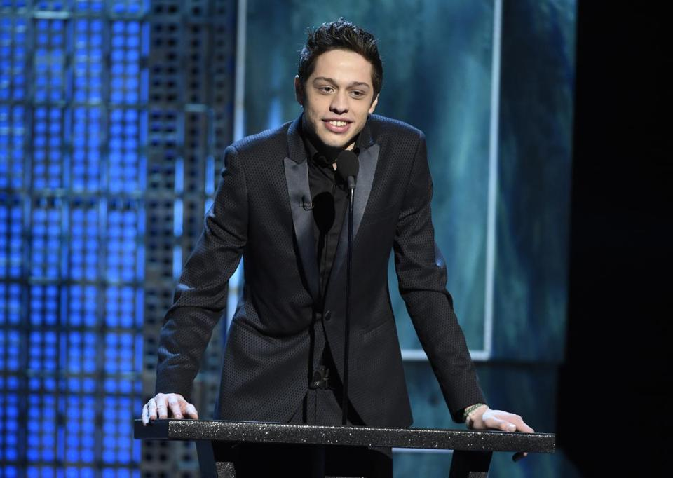 'SNL' brings on congressman-elect to get apology from Pete Davidson