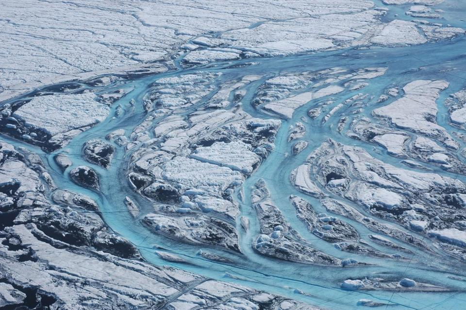 Melting rate of mile-thick ice sheet 'at fastest ever'