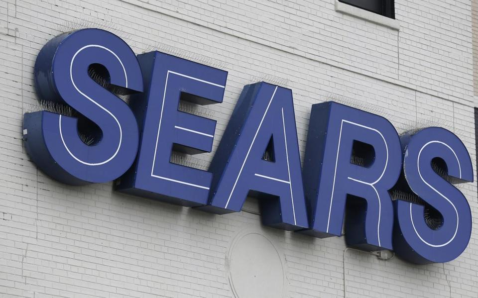 Sears May Stay Alive With Rescue Bid Cobbled Together by Lampert