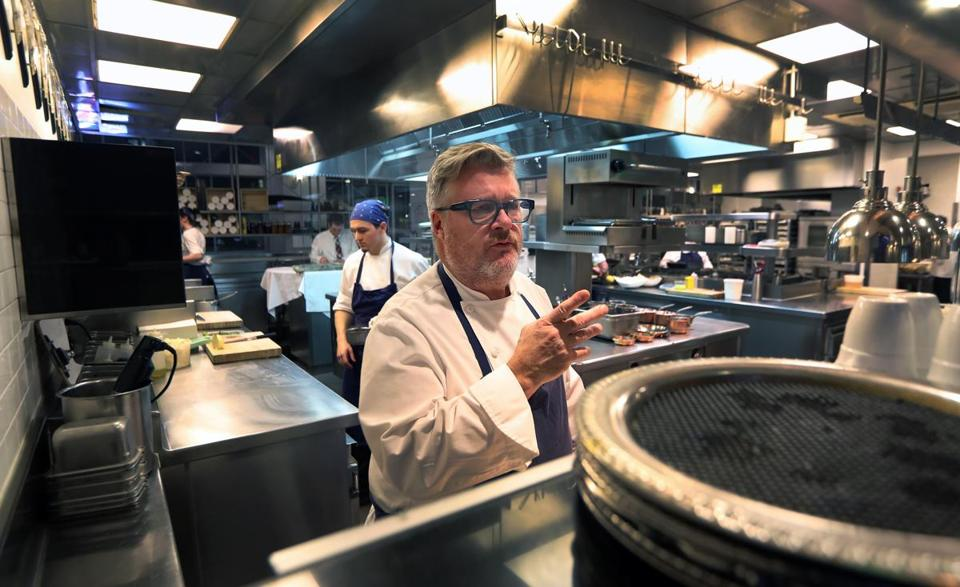 L'Espalier chef/owner Frank McClelland in the kitchen of the Back Bay restaurant on Dec. 26. The renowned eatery closed days later.
