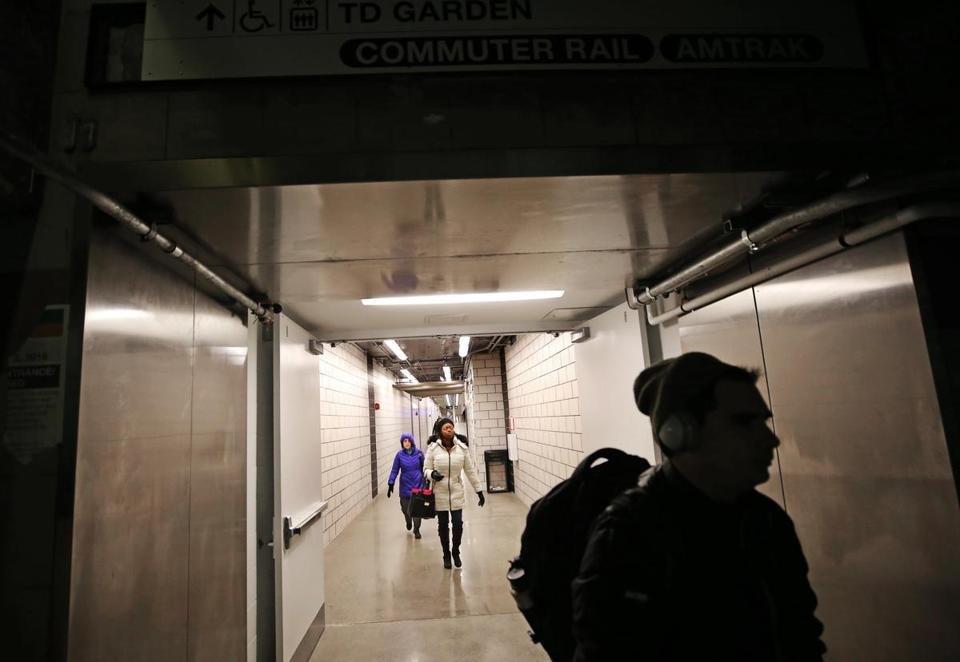 BOSTON, MA - 1/07/2019:New tunnel opens as passengers from North Station (David L Ryan/Globe Staff ) SECTION: METRO TOPIC
