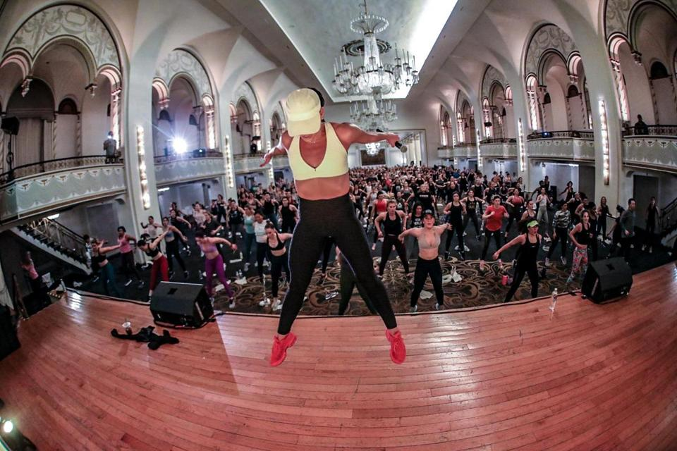 Kelly Brabants took 400 workout aficionados through a Booty by Brabants Winter Workout Series class, raising money for the Highgate Charitable Foundation.